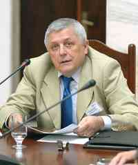 Д-р. Николае ДОЛГИН